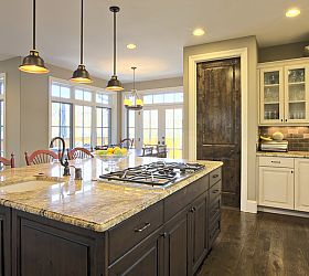 Simple Cabnets & Countertop