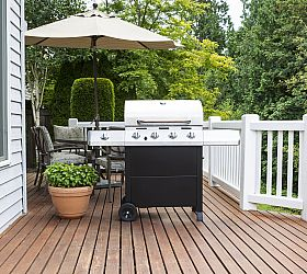 Simple Outdoor Living