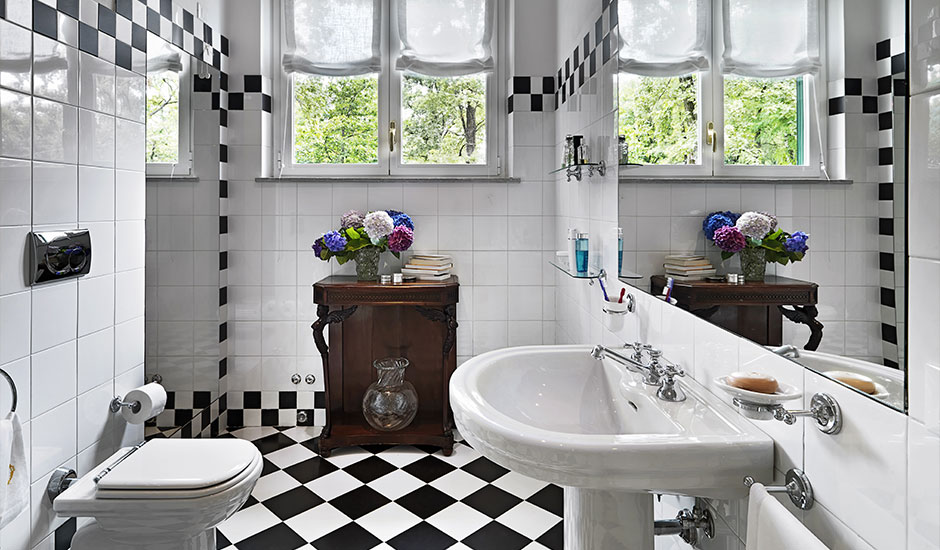 bathroom with checkerboard tiles