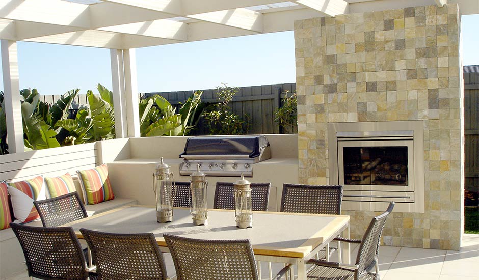 contemporary outdoor entertainment patio