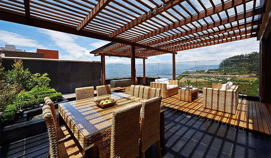 patio awning with view
