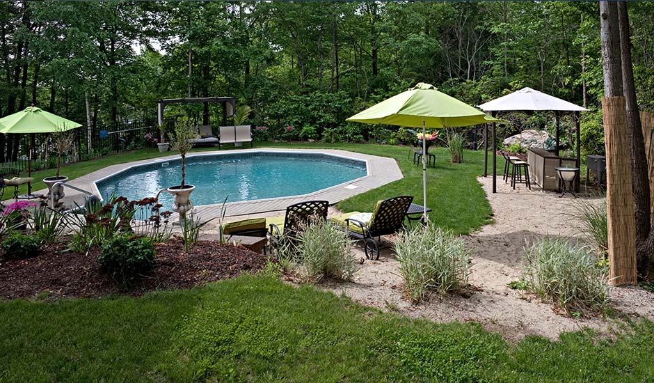 Great Backyard Pools : Get backyard pool ideas like infinity pools, decorative stones and