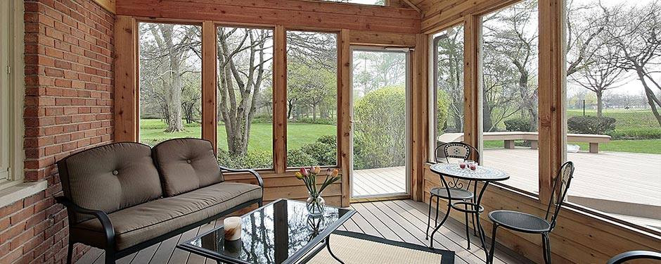 Merveilleux Ornate Sunroom; Enclosed Cottage Patio; Western Themed Patio With Furniture  ...