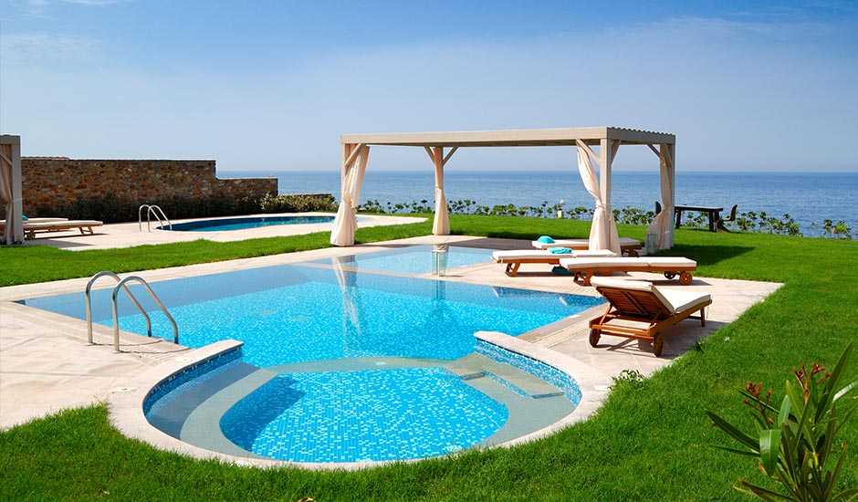 Great Backyard Pool Ideas | Trusted Home Contractors