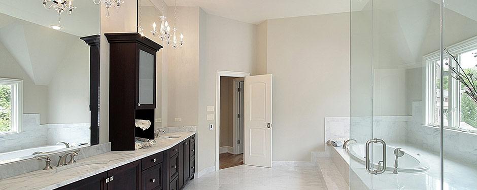 classic modern bathroom